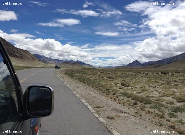 Въезжая в Тибет